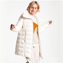 Quilted Coat With Down Filling Cream