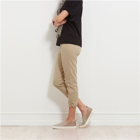 Masai Paca Capri Trousers Beige  - Click to view a larger image